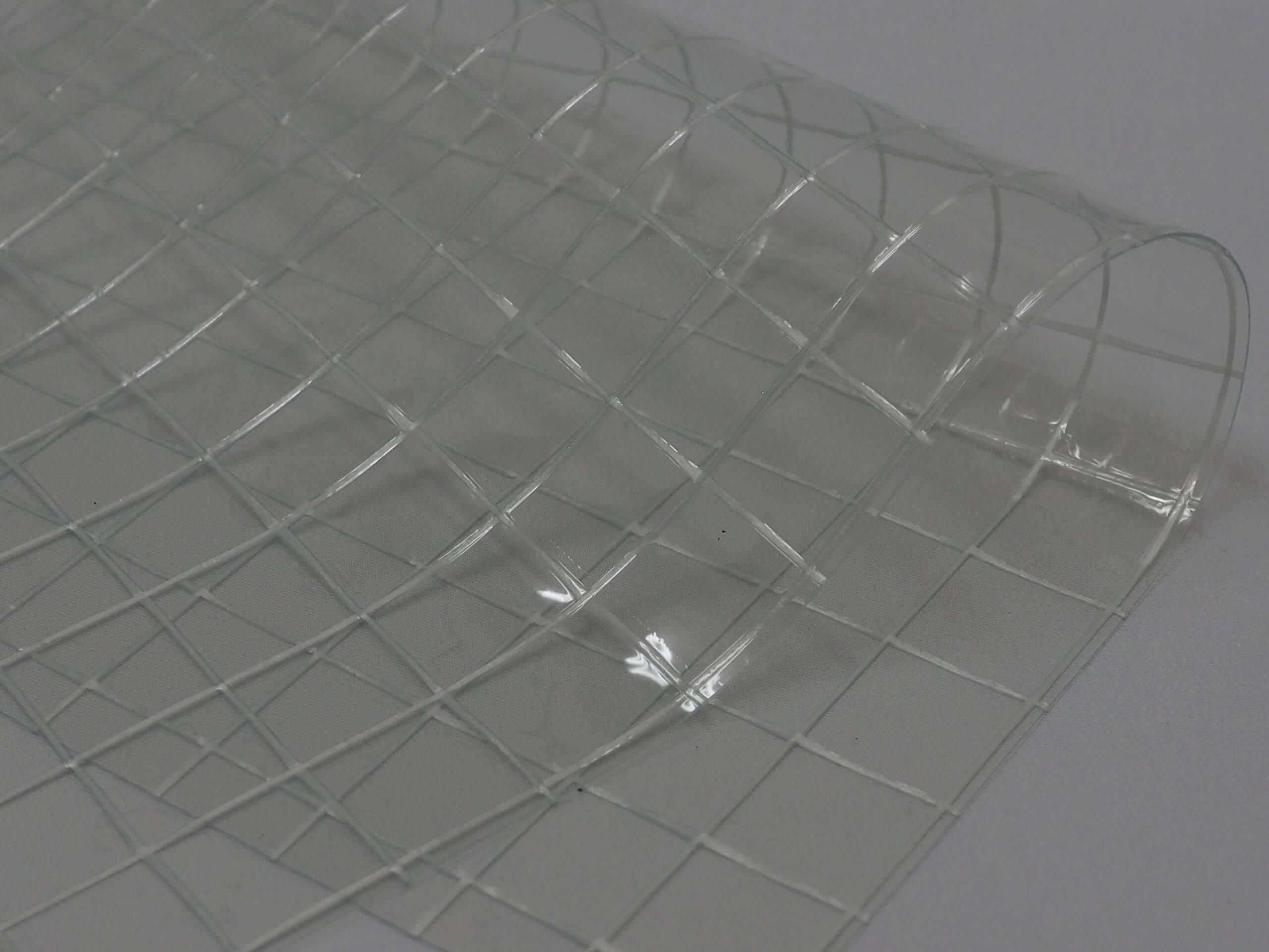 糸入り透明シートイメージ